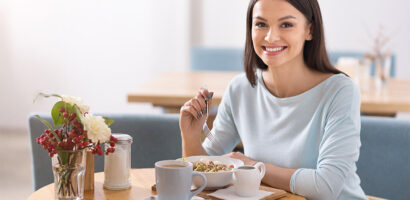 Food Affects Your Mood: 7 Foods That Can Help Chase Away the Blues